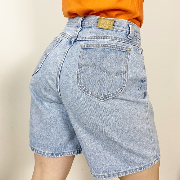 Vintage 80s Lightwash Distressed High-Waisted Lee Cutoff Shorts